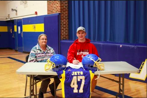Marsh signs with McPherson