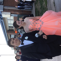 Mandi Kluman escorted by Jesse Bauer